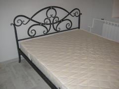 Кованая кровать.
