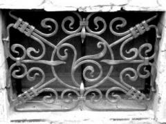 Кованая декоративная решетка